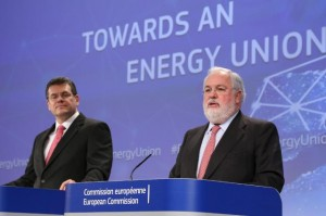 Joint press conference by Maroš Šefčovič, Vice-President of the EC, and Miguel Arias Cañete, Member of the EC, on the strategy of the EC to achieve a resilient Energy Union with a forward-looking climate change policy, Source: European Commission 2015